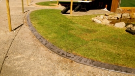 Curved garden edging